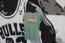 Load image into Gallery viewer, Revolution 1995 - T-shirt Regular Lightgreen Van