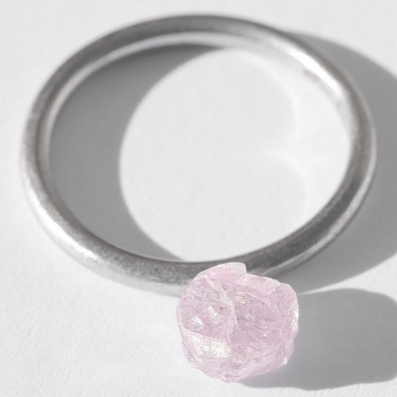 1.275 carat sparkly lilac rough diamond