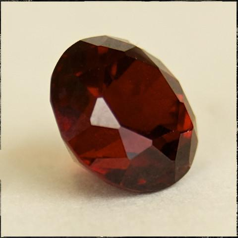 Garnet 10.5mm cut TAWOMA