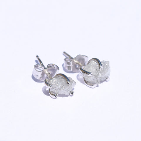 14k white gold rough diamond stud earrings