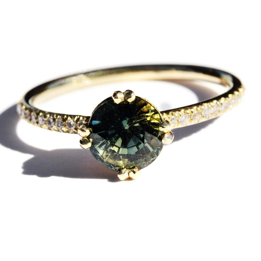 The Hodaya model with 6mm multi-green ceylon sapphire Rings The Raw Stone
