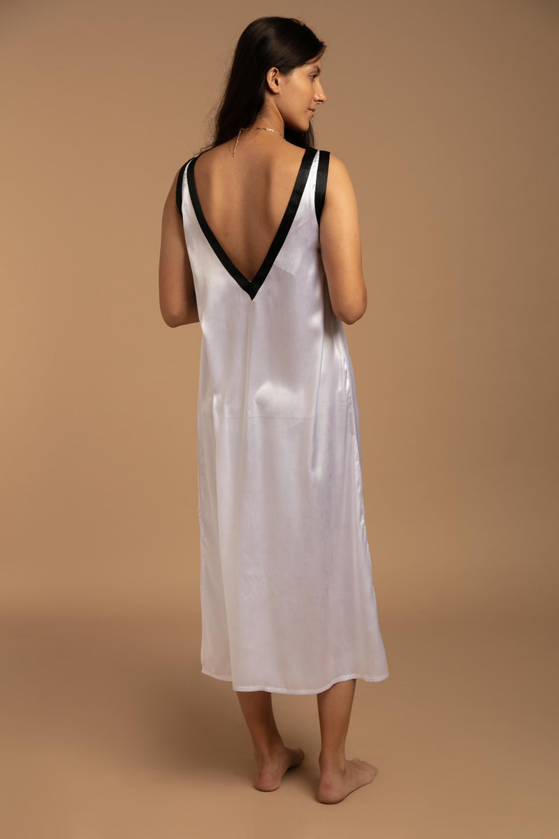 Denise, Nightdress & Gown