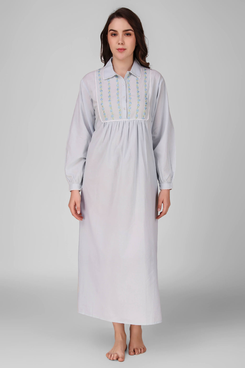 Martha, Nightdress