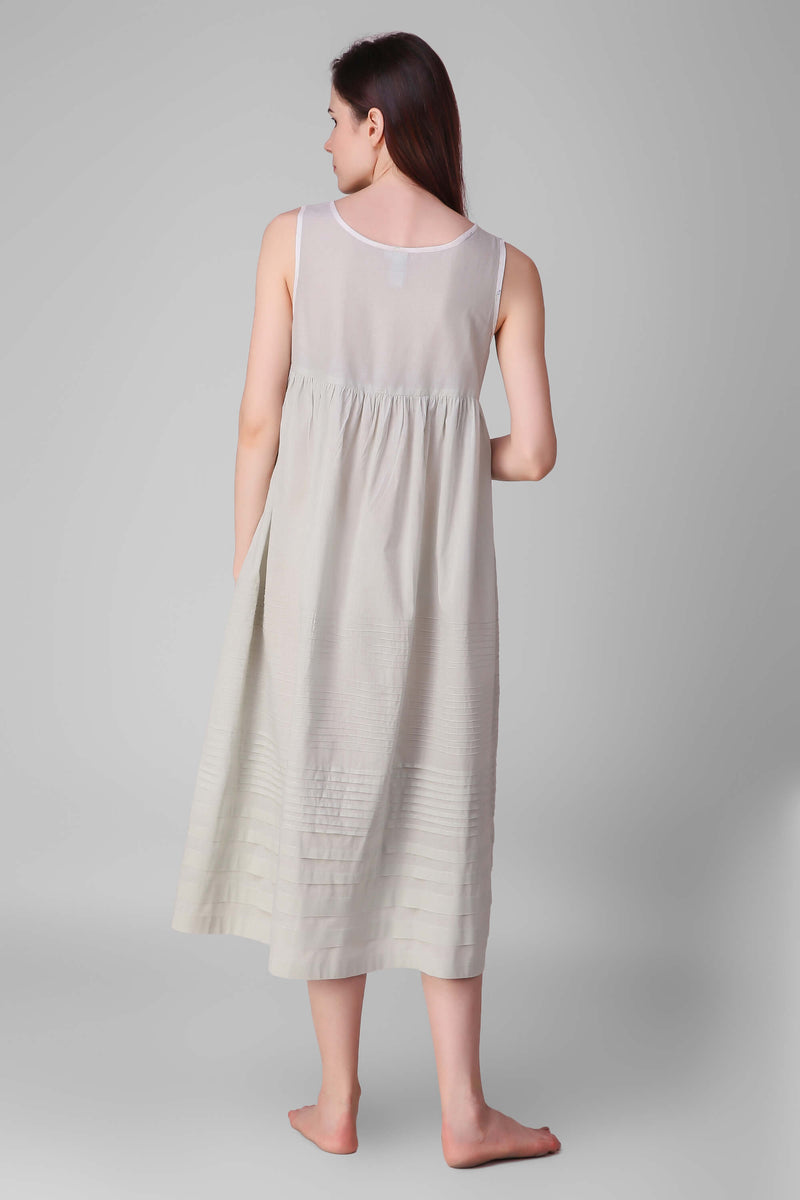 Charlotte, Pleated Nightdress