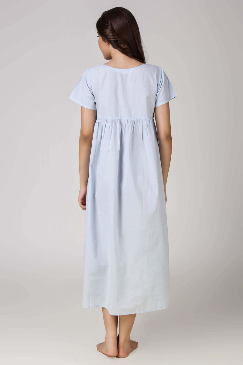 Leia, Nightdress
