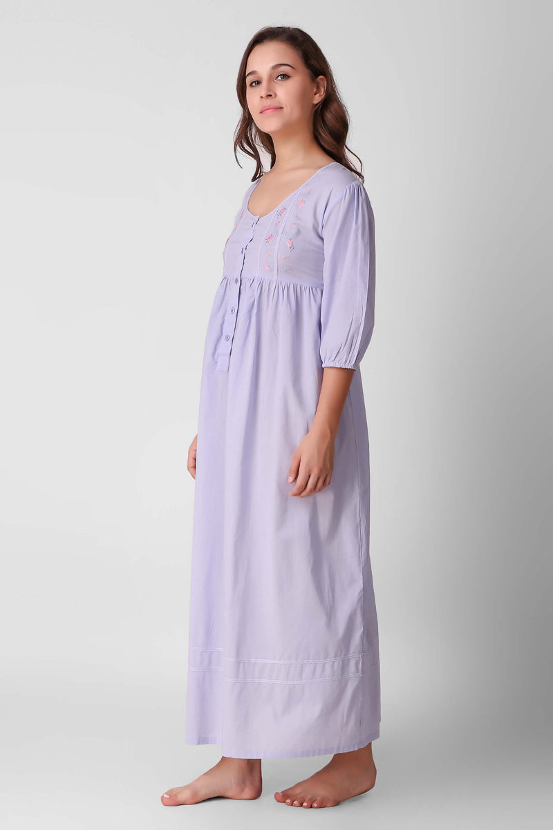 Barbara, Nightdress