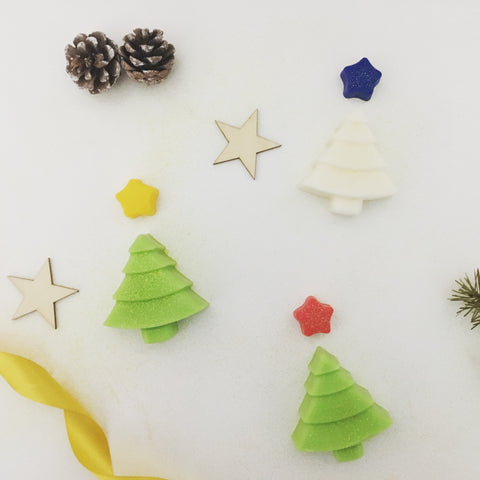 Discover Wax natural wax melts Christmas tree feature gold ribbon