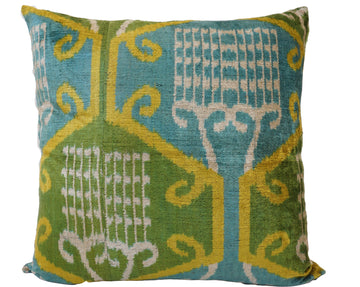 HANDAMDE IKAT SILK/VELVET PILLOW