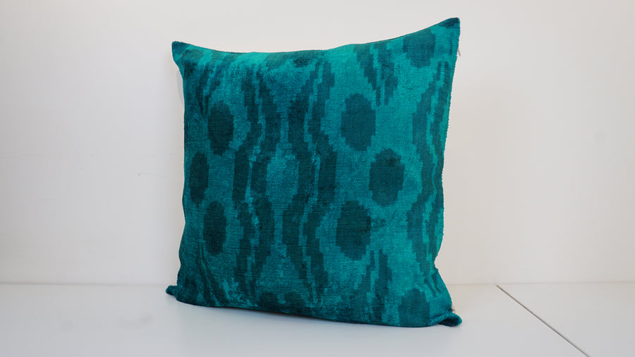 Ikat Velvet Pillow Cover, 20'' x 20'' , İkat Velvet Square Pillow,