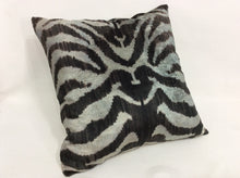 Load image into Gallery viewer, HAITI LOBLOLLY - IKAT SILK/VELVET PILLOW