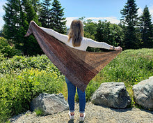 Triforce Fade Shawl - KNITTING PATTERN