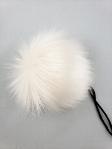 The MARSHMALLOW pom pom