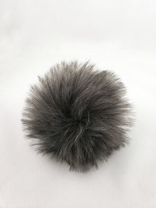 The CARBON pom pom