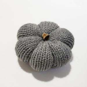 Small Knit Pumpkins