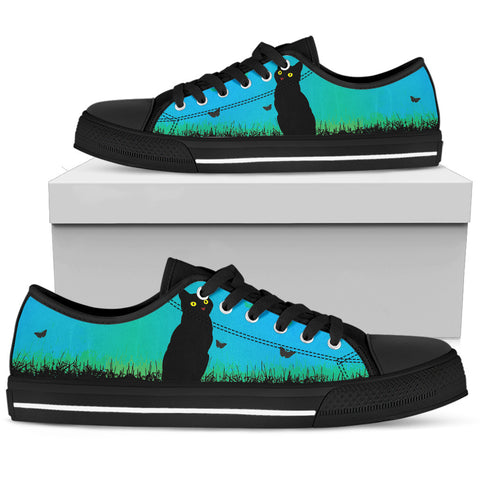 Black Cat Women's Low Top Shoe