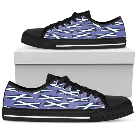 SCOTLAND'S PRIDE! SCOTLAND'S FLAGSHOE - Women's Low Tops (blue bg - black lace)