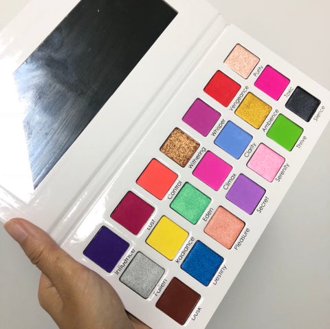 2nd edt pLt  JaeLea Cosmetics 2nd edition newspaper palette