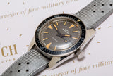 Mondia 200M vintage divers watch