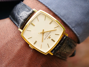 Jaeger Le Coultre Club 18 ct gold
