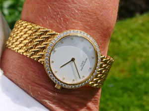 Patek Philippe 18 ct gold Calatrava with factory diamond bezel