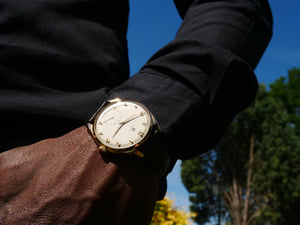 Omega 18ct Gold gents dress watch
