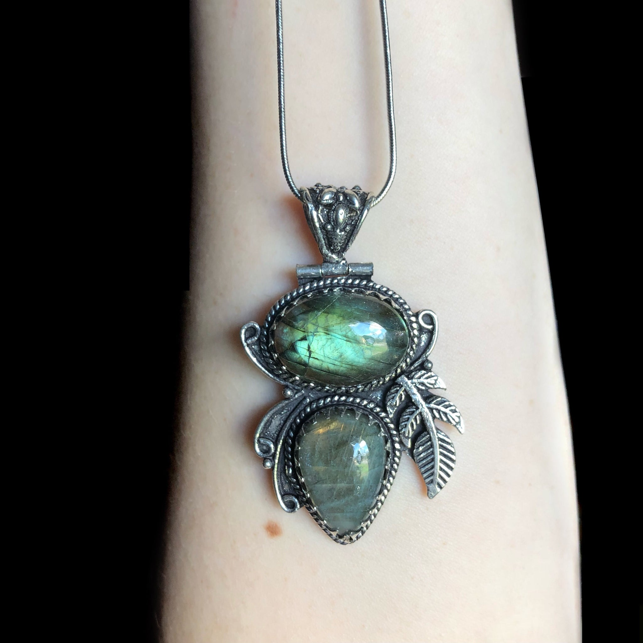 Green Labradorite Sterling Silver Necklace - The Whimsy Crystal Shop