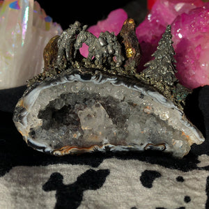 182g Large Oco Agate and Quartz Geode with Rainbows, Peacock Ore, Pyrite, and Pewter Gold-miner and Donkey - The Whimsy Crystal Shop