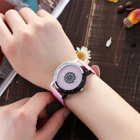 Leather Wristwatches Fashion Creative Watch Women Men Quartz Watch