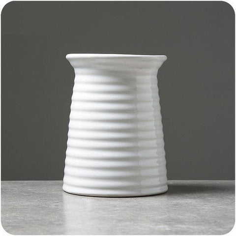Image of Classic White Ceramic Vase Chinese Arts And Crafts Decor Contracted Porcelain Flower Vase Creative Gift Household Decoration