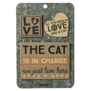 The Cat Is In Charge Magnets Memo Holder set