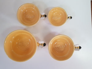 Beehive measuring cups