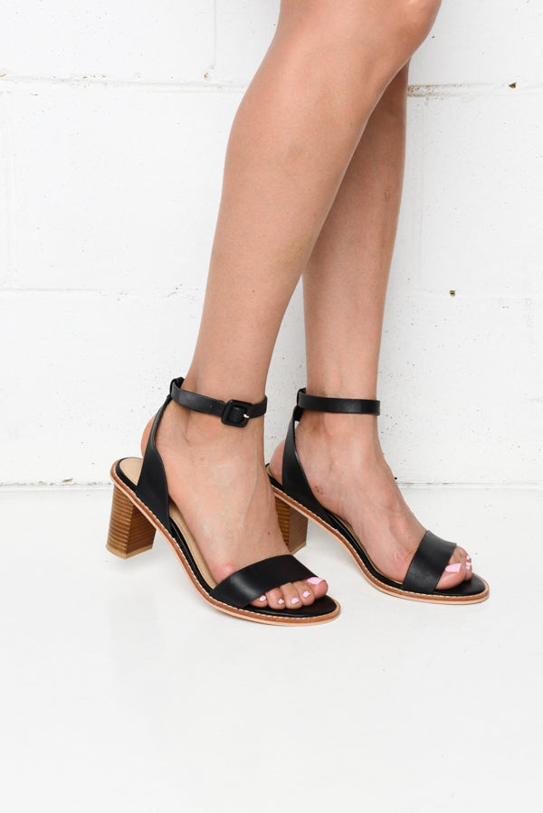 Tamika Black Leather Heel - Blue Bungalow