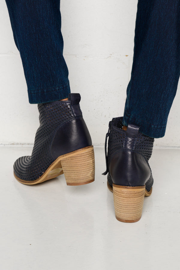 Cimmy Navy Leather Boot - Blue Bungalow