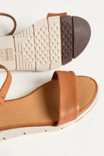 Aeria Tan Leather Sandal - Blue Bungalow