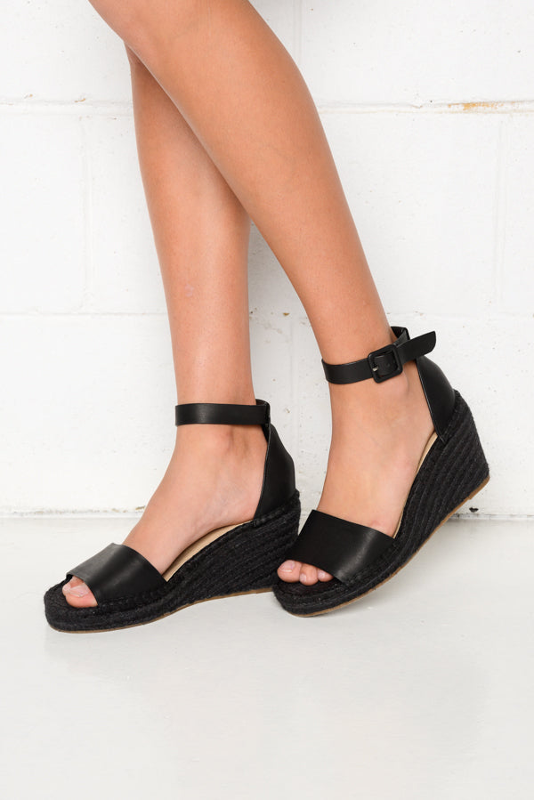 Carissa Black Wedge Sandal - Blue Bungalow