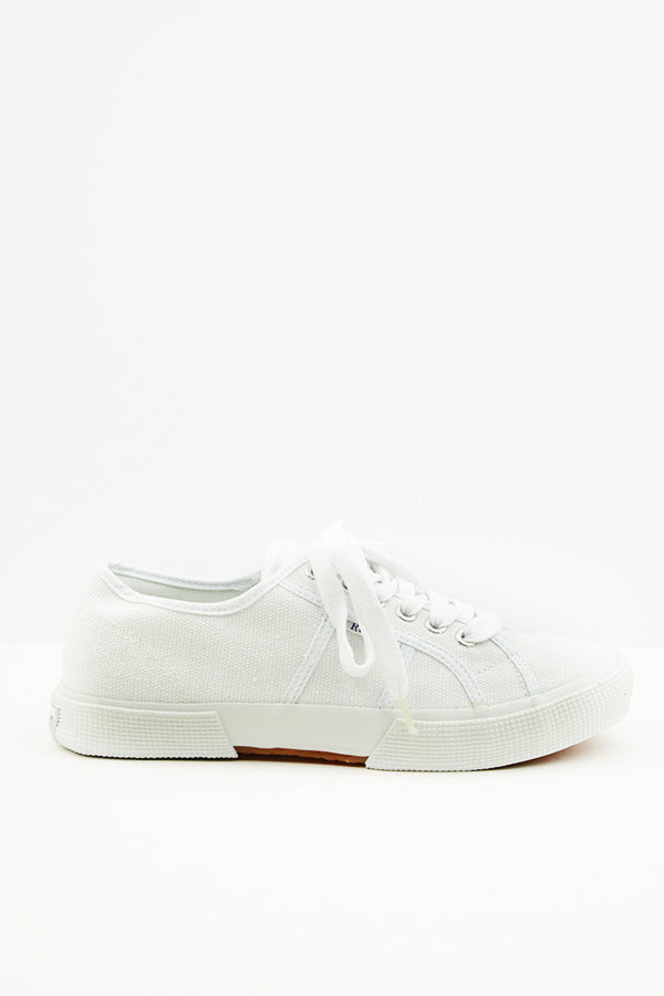 White Turin Canvas Shoes - Blue Bungalow