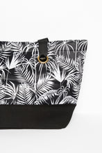 Black Polynesia Neoprene Bag - Blue Bungalow