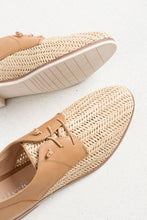 Indiana Tan Leather Raffia Shoe