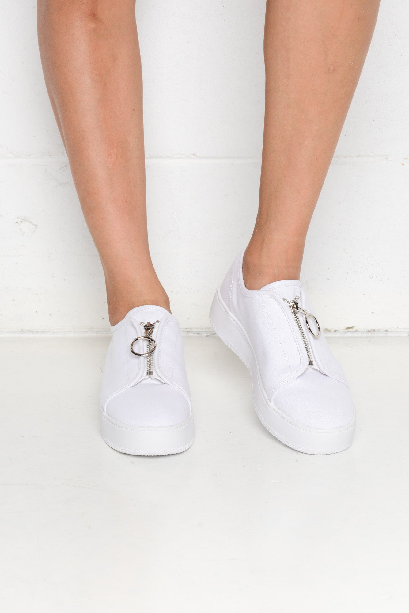 Cruise White Zip Sneaker - Blue Bungalow