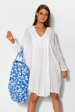 Blue Flowers Extra Large Tote - Blue Bungalow