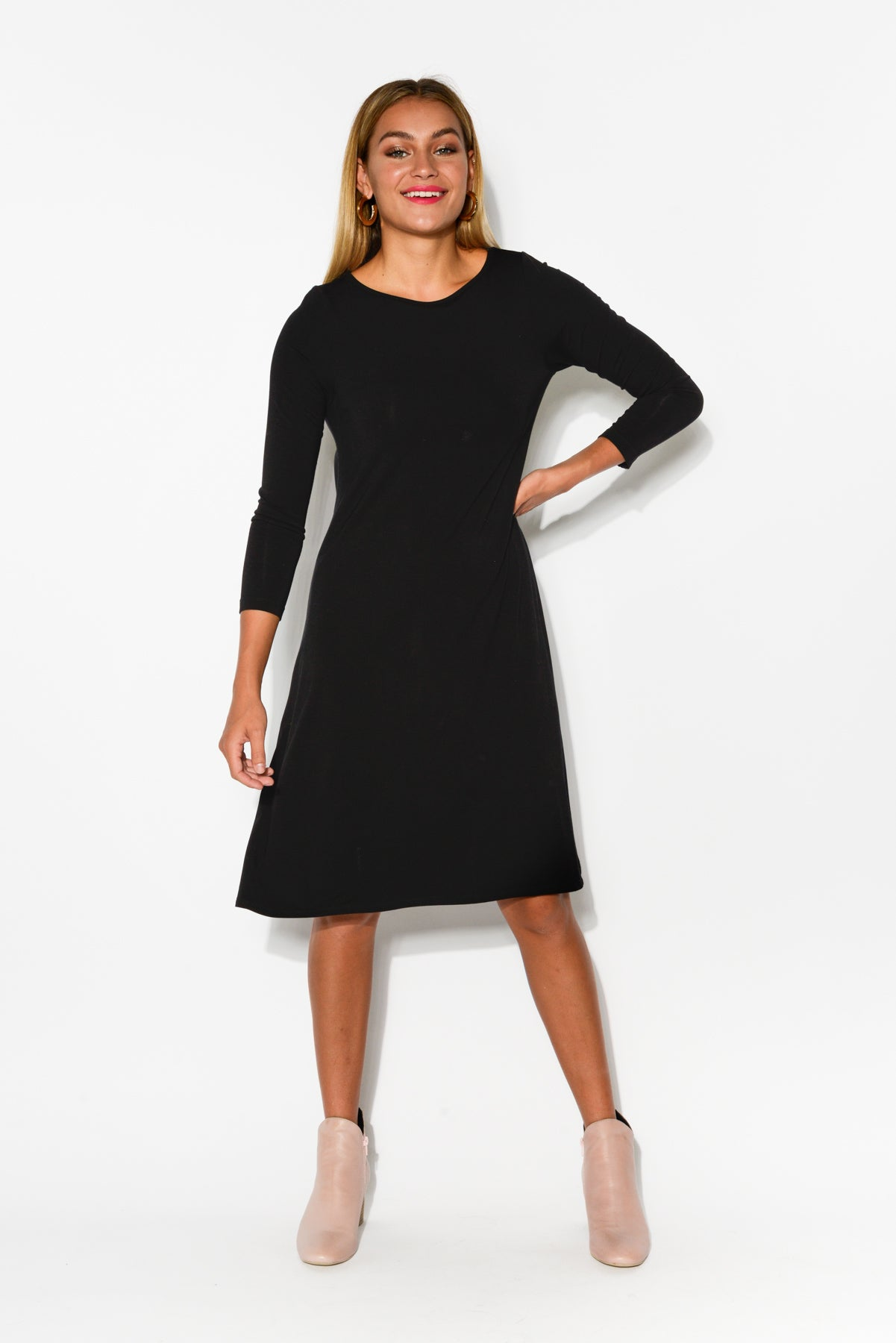 Cher Black Bamboo Sleeved Dress - Blue Bungalow