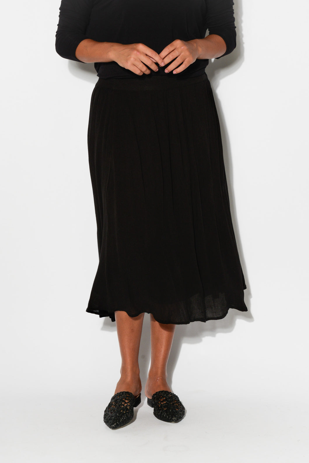 Gretel Black Crinkle Skirt - Blue Bungalow