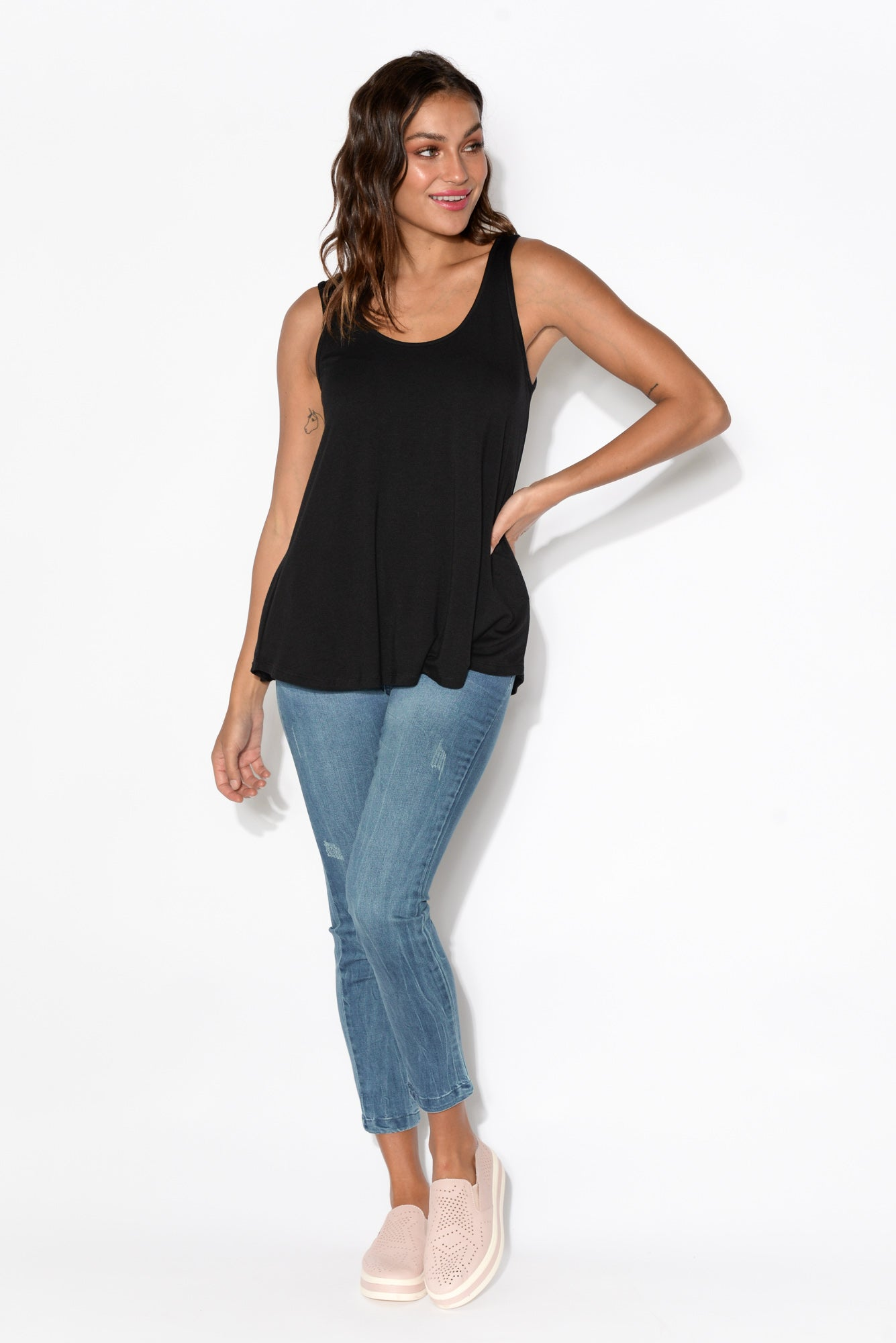 Black Bamboo Relaxed Singlet