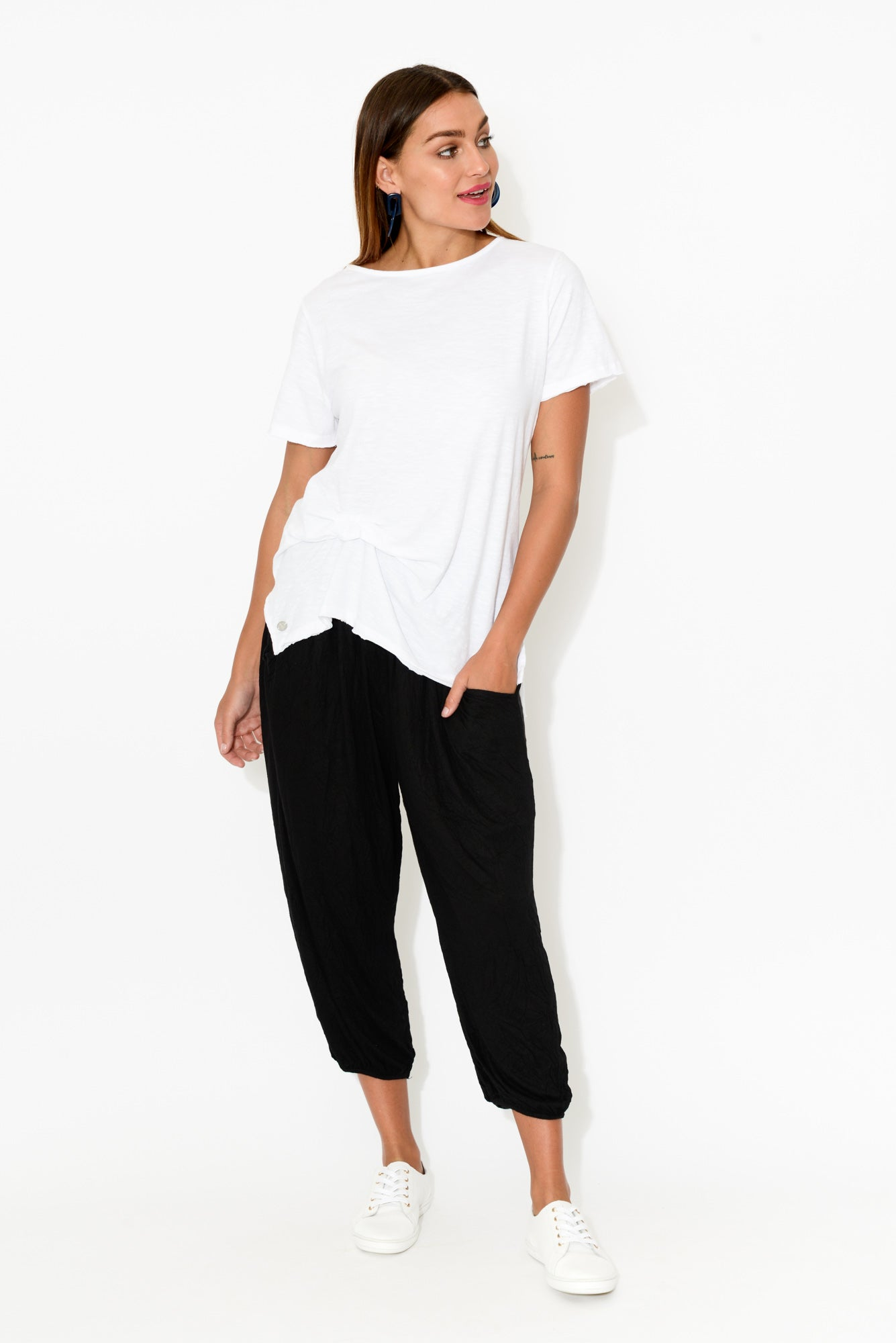 Black Crinkle Cotton Cropped Pant