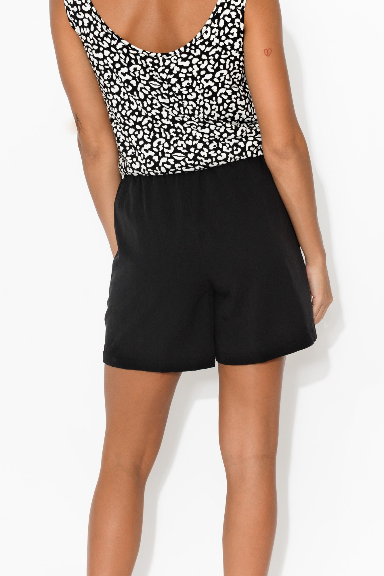 Black Ziggy Short