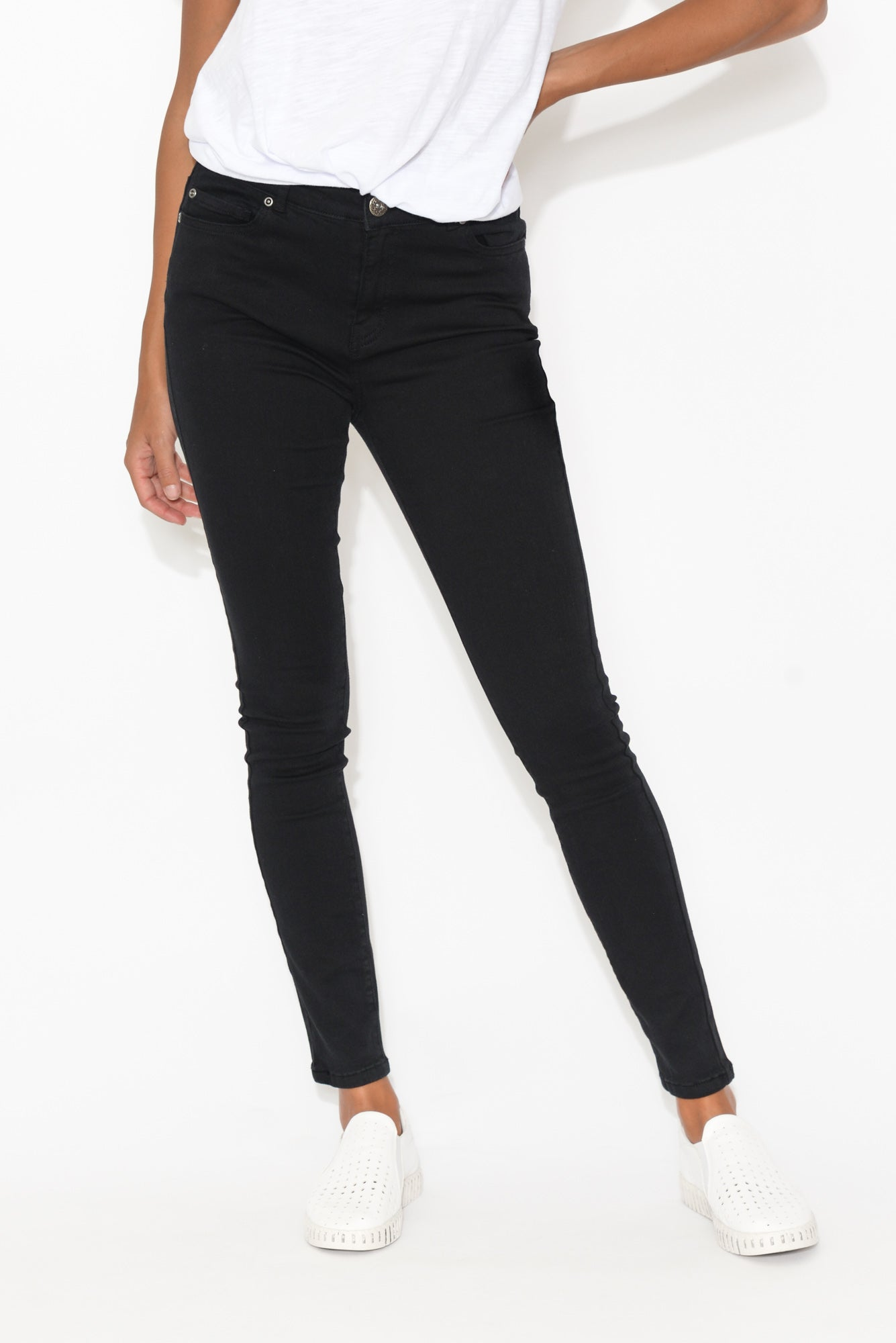 Brie Black Zip Stretch Jean