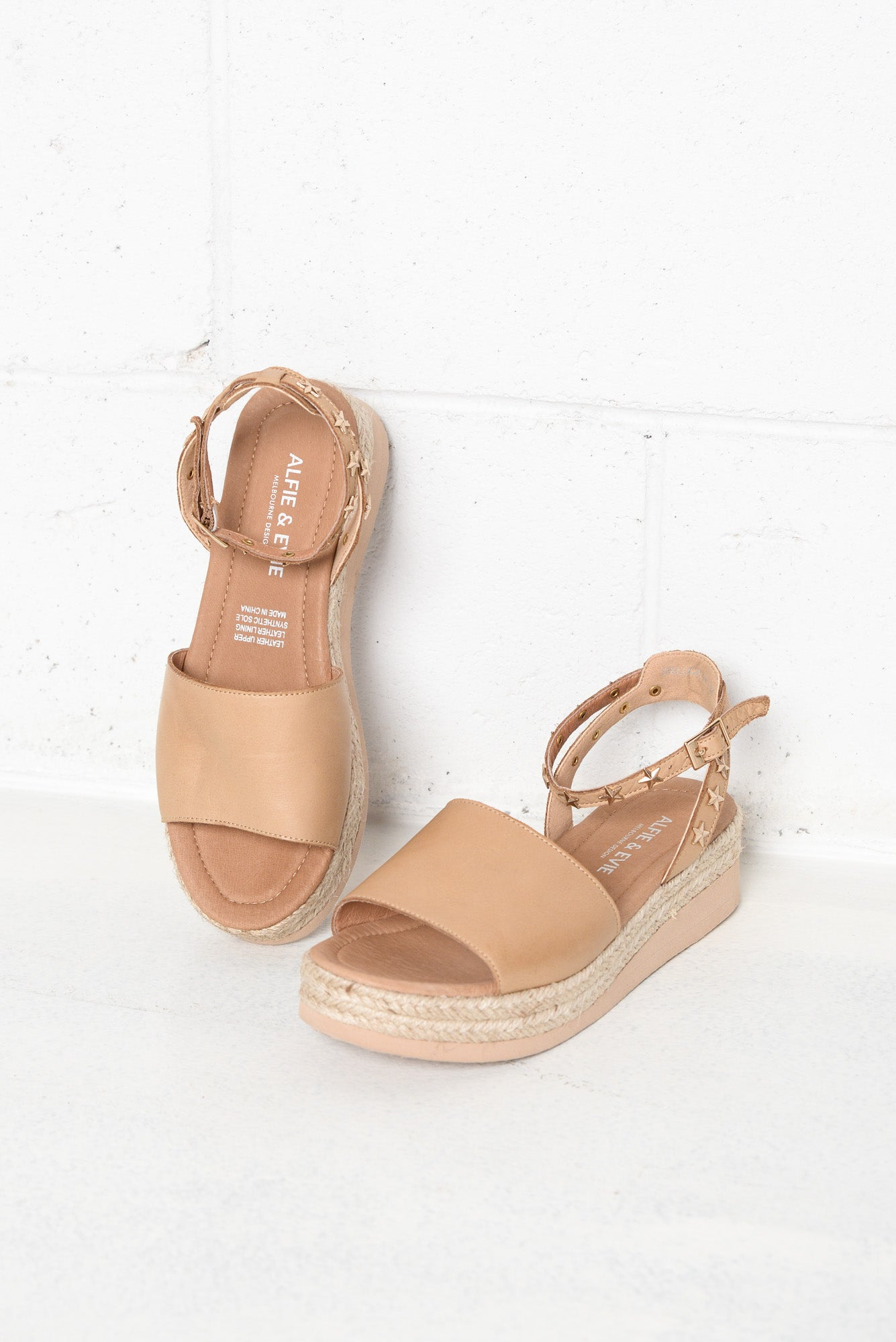 Deluca Camel Leather Sandal