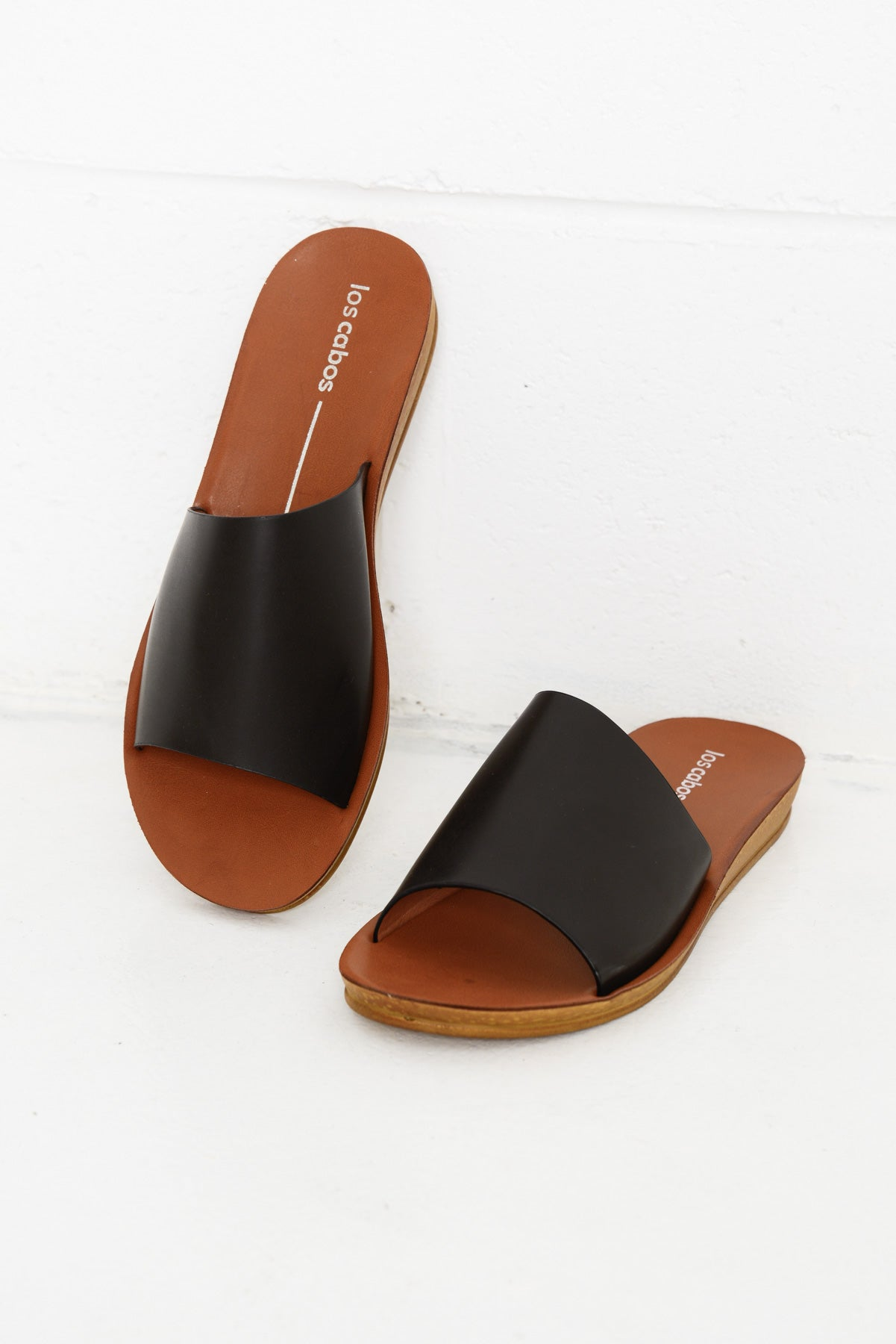 Eshi Black Slide - Blue Bungalow