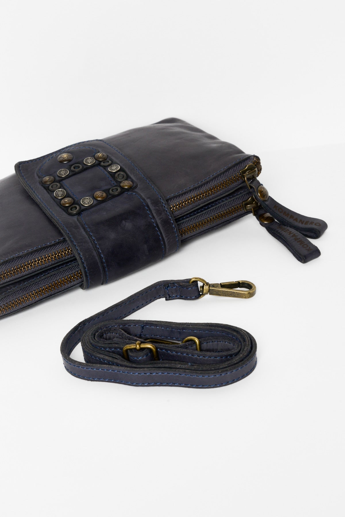 Flamina Navy Leather Clutch - Blue Bungalow
