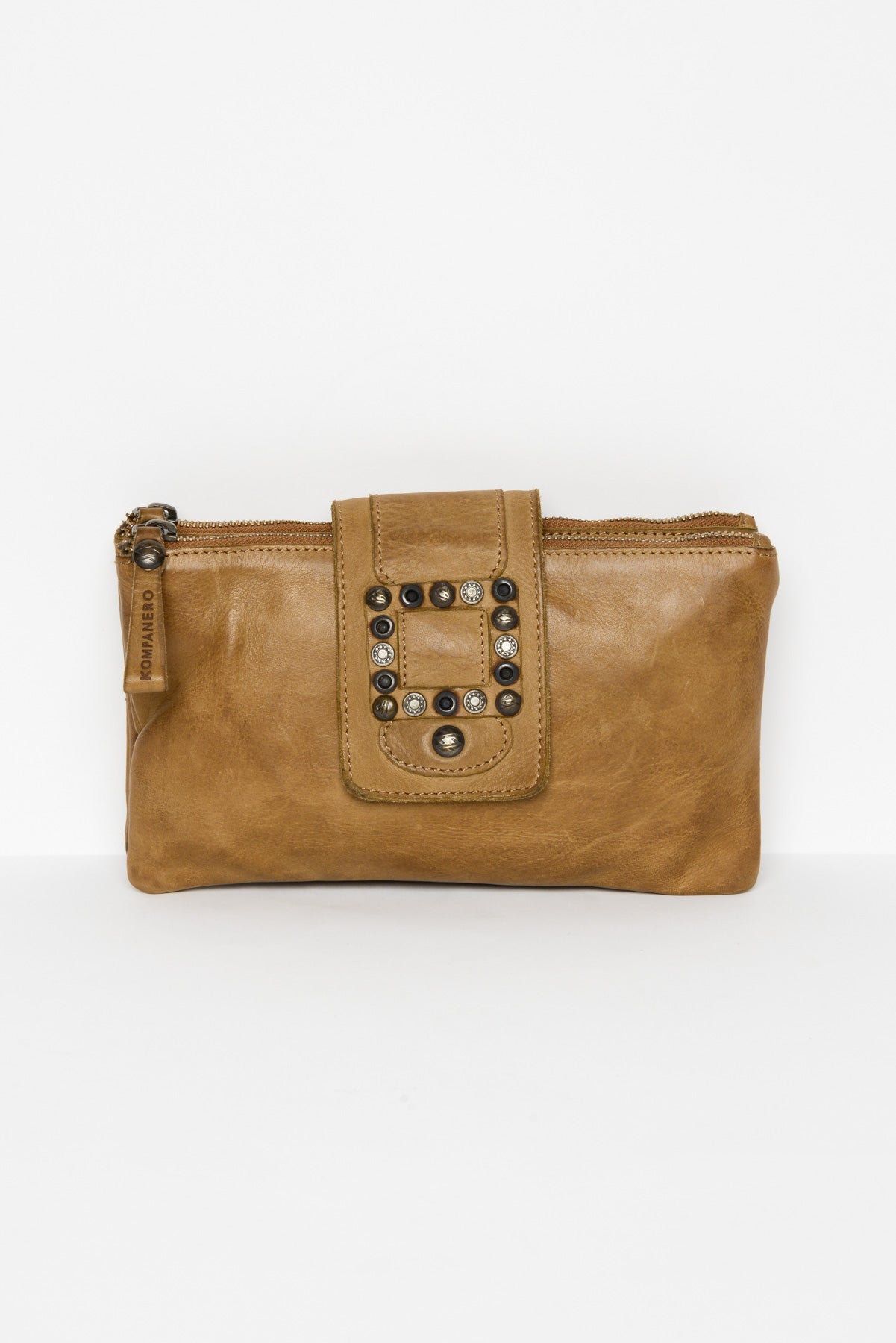 Flamina Tobacco Leather Clutch - Blue Bungalow